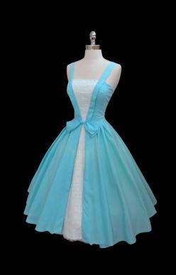 ~I want to make this dress!  I want that in the studio.  Love it.: Vintage Dresses, 1950'S Dress, Alice In Wonderland Dress, 1950'S Vintage Dress