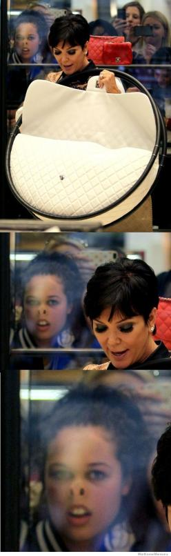 Idk what's funnier...the girl in the window or the fact that kris Jenner is actually considering buying a purse with HULA HOOPS as handles.: Face, Photobomb, Giggle, Purse, Hula Hoop, So Funny, Kris Jenner