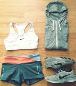 New Women's Workout Gear | Fitness apparel | women's gym clothes | Nike Sports bra - sweatshirts, running shoes & Workout shorts - http://www.FitnessApparelExpress.com: Workout Outfit, Fashion, Active Wear Outfits Fitness, Nike Sports Bra, Act