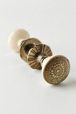 Persephone Doorknob @ Anthropologie.  So pretty.  (1 for master, 2 for adult bedrooms, or 3 for all 3 bedrooms.  Can't decide!): Persephone Doorknob, Anthropologie Pintowin, Idea, Hardware, Door Knobs, Anthropologie Com, House, Room