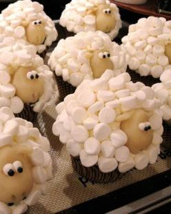 Sheep Cupcakes!  Adorable!: Cup Cakes, Idea, Sweet, Recipe, Food, Sheep Cupcakes, Sheepcupcakes, Kid, Dessert
