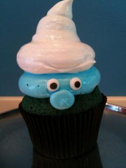 such a cute idea for a Smurfs party! | Flickr - Photo Sharing!: Cup Cakes, Smurf Cupcakes, Sweet, Smurfs Cupcake, Cupcake Idea, Party Ideas, Dessert