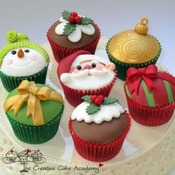 The Creative Cake Academy: Holiday, Cup Cakes, Idea, Christmas Cakes, Xmas, Food, Christmascupcakes, Christmas, Christmas Cupcakes