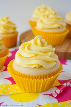 TROPICAL MANGO VANILLA CUPCAKES. Rich buttery vanilla cupcake with a hint of coconut and a fresh mango buttercream.: Mango Cupcake, Tropical Mango, Vanilla Cupcakes, Recipe, Fresh Mango, Mango Buttercream, Buttery Vanilla, Sweet Baker