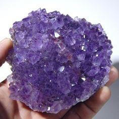 Amethyst is a gemstone often worn by healers, as it has the power to focus energy.  Amethyst is used for problems in the blood and in breathing problems. Amethyst crystal clusters are used to keep the air and life force in the home clean and positive.