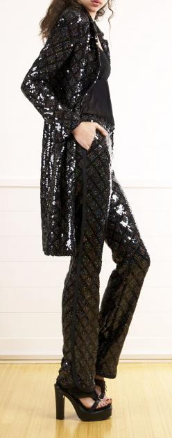 CHANEL: because sometimes it doesn't have to be a dress...change it up!: Chanel Sequin, Coco Chanel, Fashion, Chanel ᘡՂbᘠ, Keep Smiling, Women Accessories, Chanel Awesome
