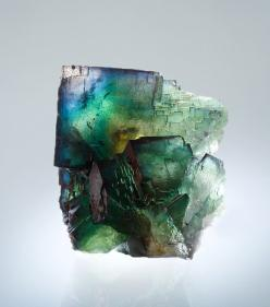 Fluorite It clears the fog of illusion and brings order to chaos thus  clearing the way for new things.    Perfect health and order on every level. Purification and harmony.: Stones Gems Rocks Crystals Etc, Crystals Gemstones Rocks, Gems Minerals Crystals