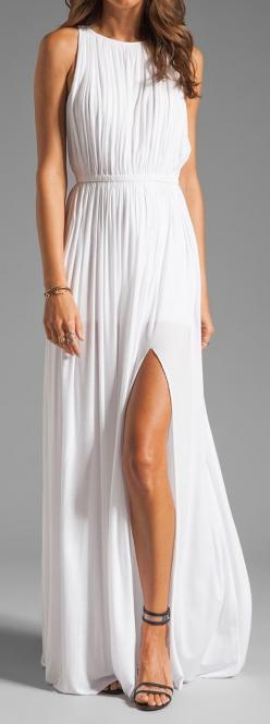 I'm in love with this dress!: Maxi Dresses, White Maxi Dress, Rehearsal Dinner Dress, Long White Dress, Maxidress, Wedding Dress, Sen Flaviana, Flaviana Dress
