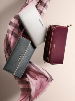 Patent leather wallets and silk check scarves in runway-inspired shades from Burberry: Animals Backpacks 3D, Patent Leather, Burberry Wallet Women, Bags Clutches Wallets, Leather Wallets, Backpacks 3D Bags, Burberry Fashionaccessories, Burberry Bags, Burb