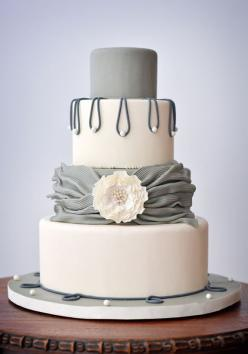 So im loving the grey and white layers. Maybe this and then we put some of my white/blue flowers on top....: Gray Weddings, Wedding Color, Wedding Ideas, Grey Weddings, Cake Ideas, Beautiful Cake, Wedding Cakes, Amazing Wedding, Weddingcake