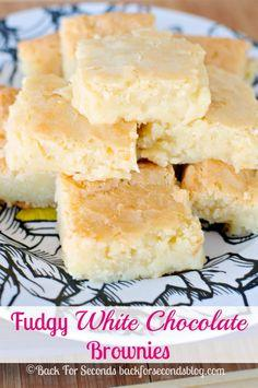 white chocolate brownies..love white chocolate!  FOR MY GRANDAUGHTER EMME!!!!!: Chocolates, Yummy Sweet, Food, White Chocolate Brownies, Sweet Tooth, Whitechocolatebrownies, Brownie Recipe