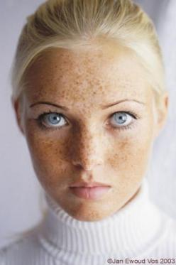 Azalea; she needs thicker eyebrows, though. But Azalea has these freckles.: Lovely Freckles, Character Inspiration, Amazing Eye, Face Character, Beautiful Faces, Beauty, People, Eyes