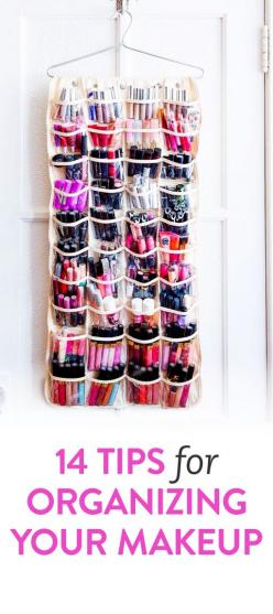 DIY tips for organising your makeup | Interesting, and thrifty ideas for sorting your cosmetics.: Makeup Organization Idea, Thrifty Ideas, Makeup Ideas Lipstick, Diy Makeup Organizer, Make Up Storage Idea