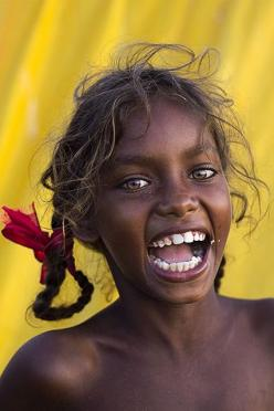 Happiness is already there with you... give yourself permission to accept it. Aborigine girl, Australia<3: Girls, Happy Face, Beautiful Smile, Beautiful Eyes, Beautiful Children, Beautiful Faces, Beauty, Beautiful People, Photo