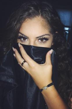 HEY girlies! Follow me on Pinterest @THEYLOVECYN_: Beauty Face, Beat Face, Beauty Makeup, Creative Ideas, Eye Makeup, Gorgeous Eyes, Beautiful Eyes, Eye ️ ️, Bad Girls