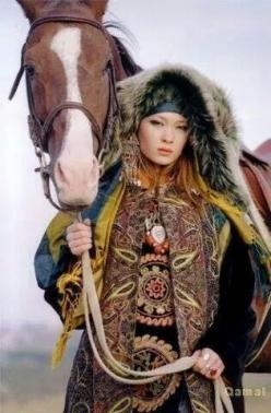 Not sure from which people or tribe, but beautifull textiles: Faces, Horses, Asian Horse, Middleasian Middle, Türk Middleasian, Photography, Horse Asian