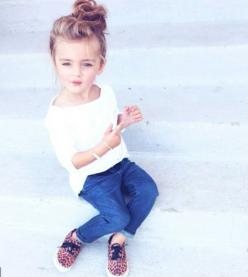 Now juniper sassy must be your middle name, j) no it ain't it's Paisley me) I'm joking you little sass master: Kid Outfit, Little Girl, Kid Goal, Kids Outfit, Top Knot, Hair