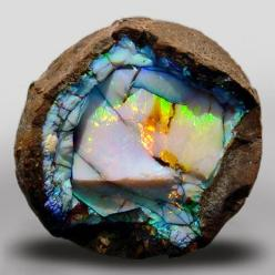Oh, I love this Opal Geode from Ethiopia...: Gemstone, Nature, Mineral, Opal Geode, Stones, Opals, Rocks