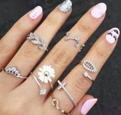 Rings & Nails fashion nails jewelry art hands pretty rings silver accessories polish: Fashion, Style, Jewelry, Rings, Jewels, Nails, Accessories, Nail Art