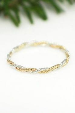 Sterling Silver and Gold Ring Twist Ring: Mother Rings, Rings Addiction, Gold Rings, Accessories Rings, Wedding Bands, Dainty Rings, Glitter