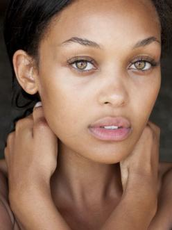 Stunning fresh face, very little makeup to achieve this gorgeous natural look.: Girl, Faces, Kirby Griffin, Makeup, Beautiful Eyes, Beautiful People, Beautiful Face, Natural Beauty