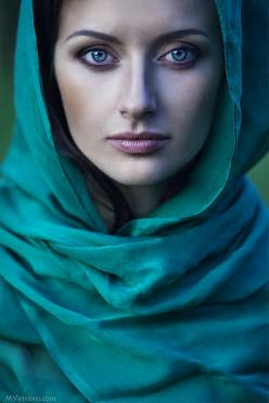 The color is just sumptuous in this photo... about female by Mariya Vetrova, via 500px: Mariya Vetrova, Faces, Female, Color, Beautiful, Beauty, Photography, Eyes