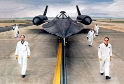 The Lockheed SR-71 Blackbird is still the world's fastest airplane with a speed of 2,193 mph (3,530 km/h.) This fascinating video reveals how its top secret engine technology works.: Secret Engine, Fastest Airplane, Constructing Aeroplanes, Engine Tec