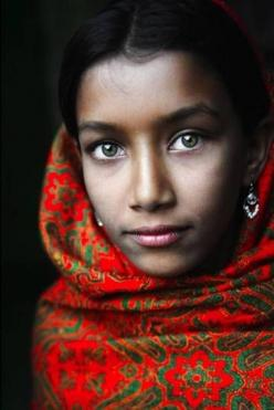 These 47 Photos of Cultural Beauty Around the World Offer Incredible Perspective - OMG Facts - The World's #1 Fact Source: David Lazar, Girl, Bangladesh, Green Eyes, Beauty, Beautiful Faces, Beautiful People, Photography