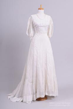 Victorian Cameo Vintage Wedding Gown : Mill Crest Vintage: Cotton Wedding Dresses, Crest Vintage, Cotton Vintage, Vintage Weddings, Victorian Cameo, Vintage Wedding Gowns, Victorian Wedding, Cameo Vintage