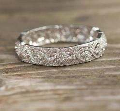 vintage wedding band.  Love this band....wonder if it would make a nice  anniversary ring.: Wedding Ideas, Weddings, Beautiful, Wedding Bands, Jewelry, Engagement Ring, Wedding Rings