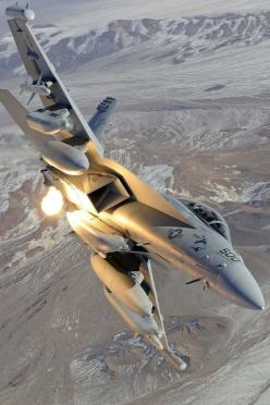 Super Hornet Celebrate a rewarding career in the US Air Force with a Personalized Military Ring #USAF #AirForceReserve | http://www.us-military-rings.com/Air-Force-Rings.html: Aviation, Aircraft, F 18 Hornet, Fighter Jet, Super Hornet, F18, Military