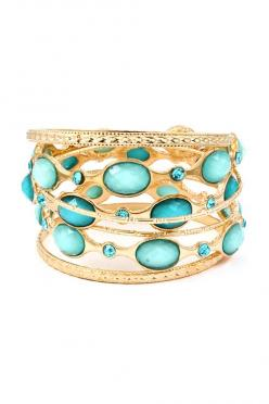 And absolutely Gotta have these... so pretty..... Charlotte Bracelet Set in Shimmer of Blues on Emma Stine Limited #bracelet #charlottebracelet: Bracelet Set, Bracelets Jewelry, Style, Jewellery, Blue, Bangles, Sparkle