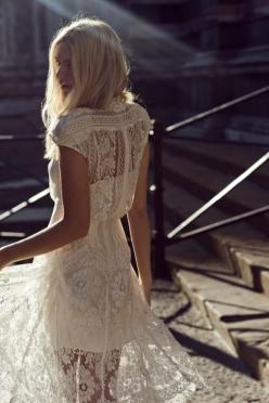 { Lace in the Late afternoon }: Weddingdress, Fashion, Rehearsal Dinner, Inspiration, Style, Wedding Dresses, White Lace Dresses, White Dress, Lacedress