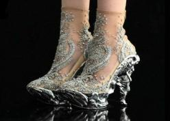 McQueen. fairytale slippers. Original!: Fashion, Alexander Mcqueen Shoes, Style, Alexandermcqueen, Art, Amazing Shoes, Heels, Boots