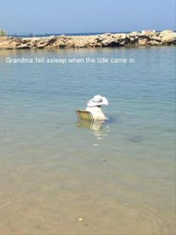 Funny Pictures Of The Day – 100 Pics: Funny Old People, Funny Pictures, Tide, Fell Asleep, Funny Stuff, Grandma Fell, Funnies, The Beach