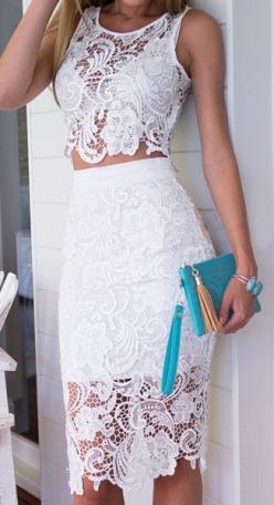 I would like to wear this as a Tunic -- but definitely not as a dress -- [6 sweet lace dress spring outfits - Page 2]: Fashion, Style, Outfit, White Lace Dresses, Sleeve, White Dress, Lacedress, Tassel Necklace