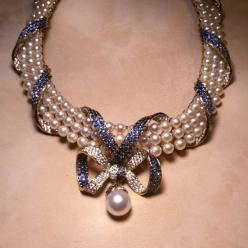 CHANEL blue sapphire, pearl. Yes, Please. This is one of the most beautiful pieces of jewelry I've ever seen.