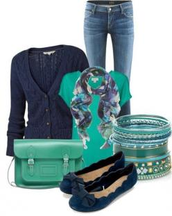 I don't usually go for navy, but I do LOVE it paired with this turquoise color!