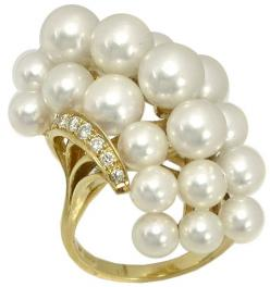 Mikimoto Pearl Diamond Cluster Ring | New York Estate Jewelry | Israel Rose