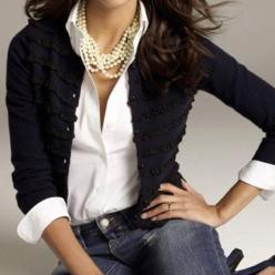 White shirt + black cardi + pearls + jeans = great for a casual Friday.: Casual Friday, White Shirts, Black Cardigan, Classic Style, White Blouses, Fall Winter, Pearls Classic, Shirt Pearls