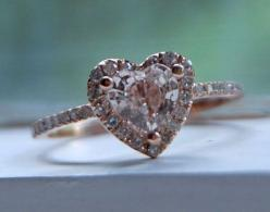 rose gold heart shaped ring