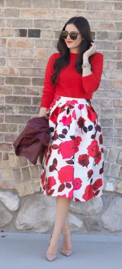 #Modest doesn't mean frumpy. #DressingWithDignity www.ColleenHammond.com: Chic Outfit, Classy Outfit, Modest Skirt Outfit, Elegant Outfit, Feminine Outfit, Modest Outfit