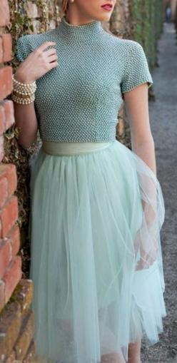 maybe not for work, but an evening out.. LOVE this outfit. so pretty....and I can wear a ponytail or messy bun (which means I don't have to wash my hair) and it's totally appropriate... :): Fashion, Tulle Skirts, Style, Tulle Skirt Outfit, Shabby