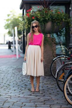 pretty pleated skirt and pink top