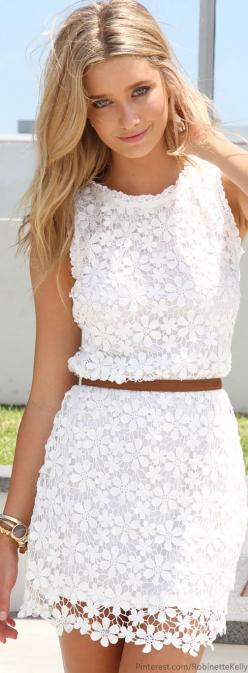 Gorgeous white lace shift dress! #summerstyle #dresses
