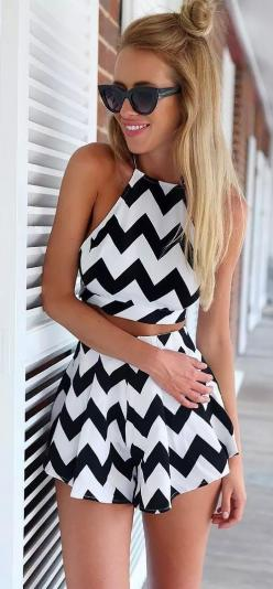 Can't get enough of these chevron print Matching set!This black and white is a classic!Discover it at CUPSHE.com with amazing prices and it is free shipping!