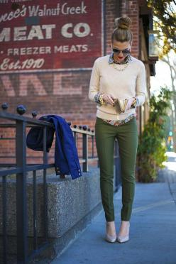 Check out the following Fall Outfit Ideas With Sweater and Shirt. They will give you a stylish look and wil keep you warm during the fall days.: Sweater, Style, Olive Pants, Winter Outfit, Fall Outfit, Work Outfits, Fall Winter, Green Pants