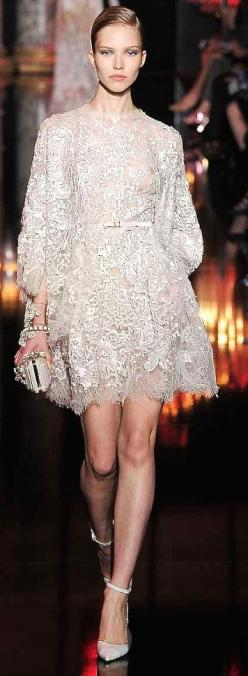 "Elie Saab, 2015 Love the style / Ode to the 1920""s / fashion / lace / runway / dresses"