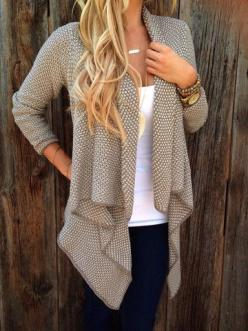 I don't normally like the super flowy front of cardis like this but I LOVE this one. The color is great and the texture/pattern is great.: Flowy Cardigan, Fall Sweater, Fall Style, Cardigans Outfit, Fall Outfit, Chunky Cardigan, Fall Winter