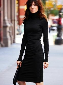 """Street Style   Victoria Beckham. ....................My style statement: """"On matters of style, swim with the current, on matters of principle, stand like a rock."""" ― Thomas Jefferson: Fashion, Chic, Street Style, Victoria Beckham, Victoriabeckham, Suits, W"""